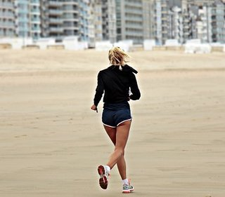 jogger-3071964__340.jpg